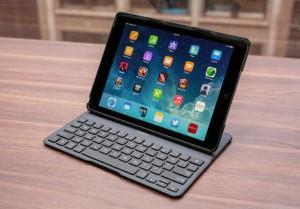 Belkin QODE Tastiera iPad