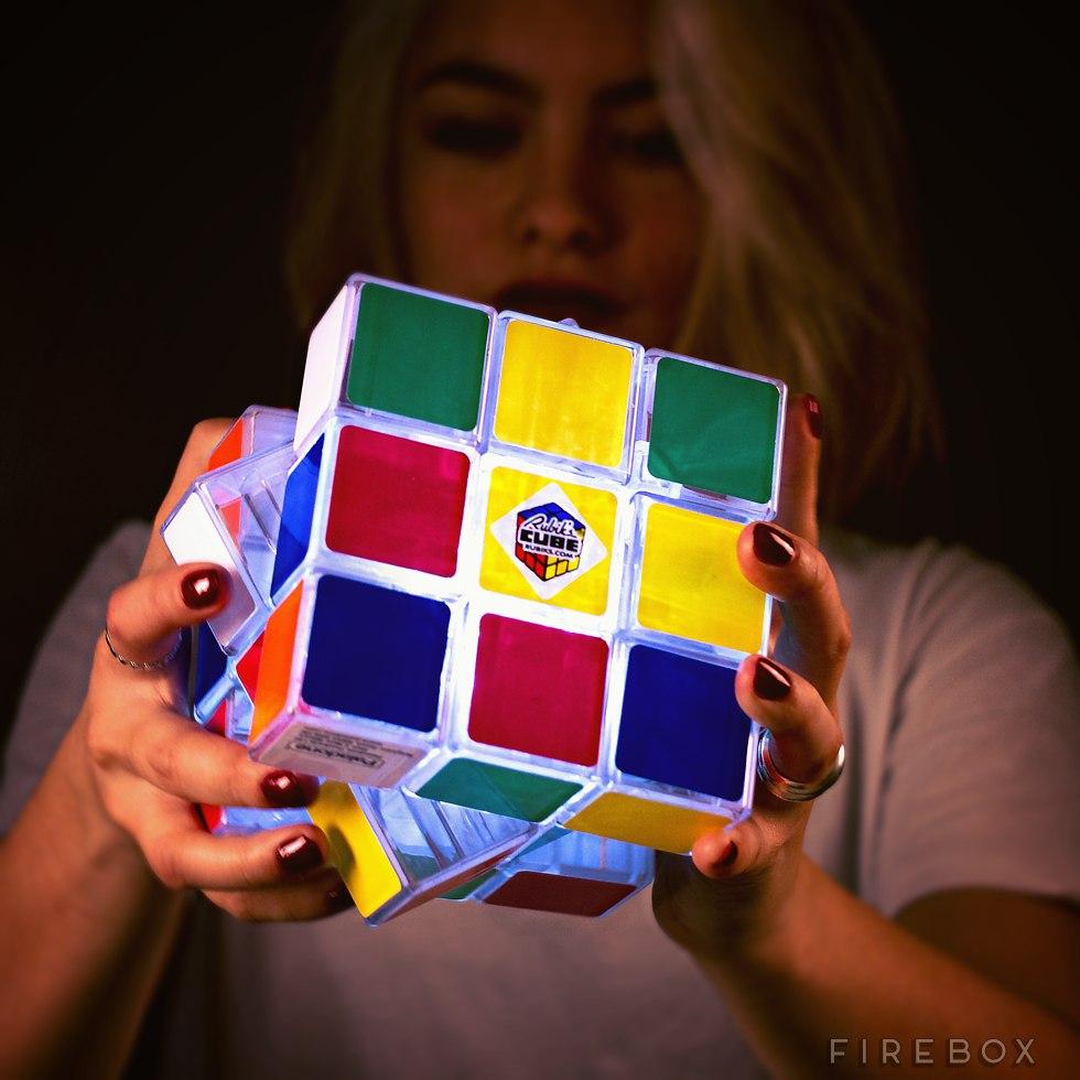 Cubo di Rubik con Luce